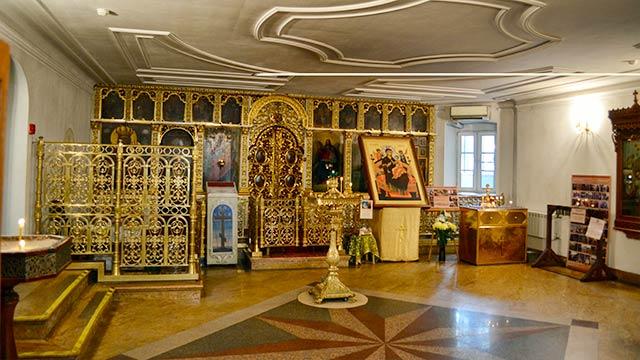 Храм воимя преподобного Серафима Саровского (XXв.) | Московский Данилов монастырь