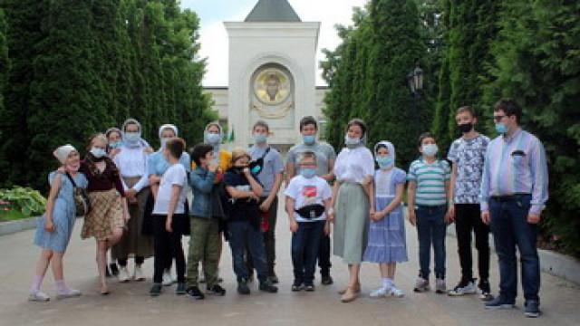 Подростковый клуб «Пилигримия»: мировоззренческая программа «Счастье есть?!»   Московский Данилов монастырь